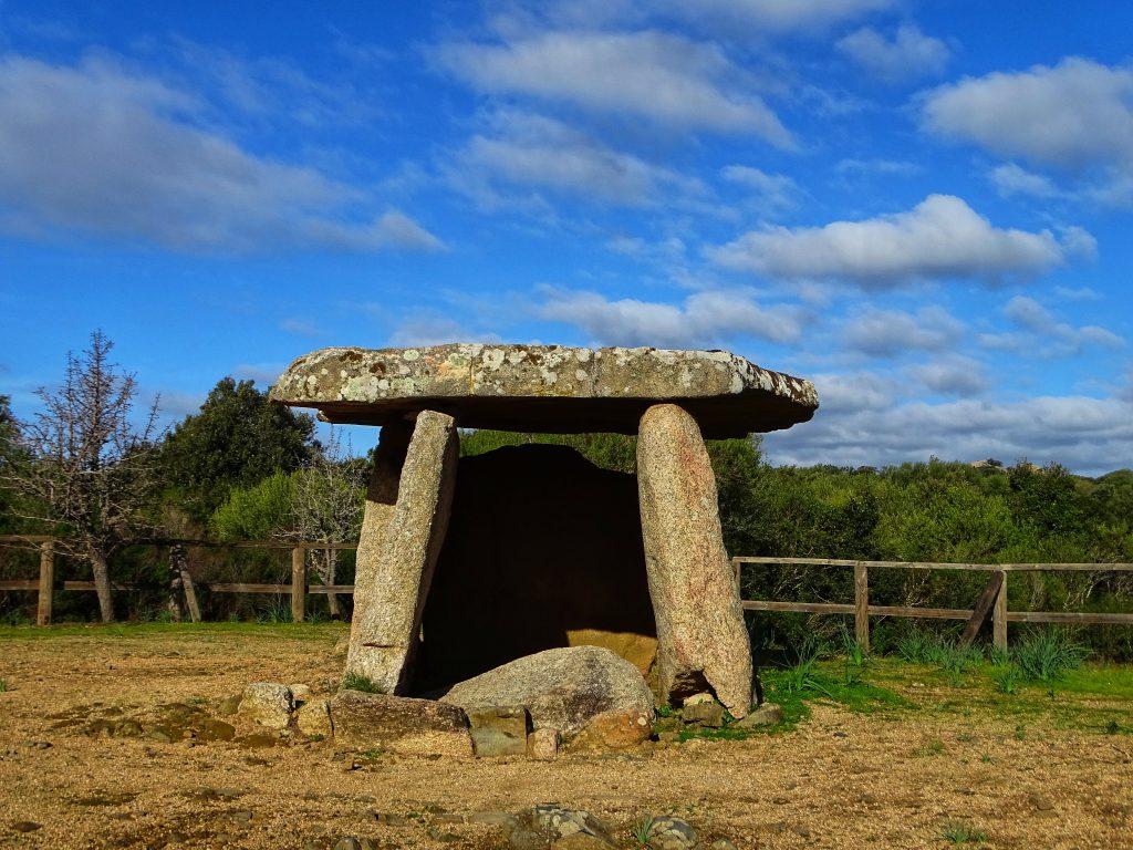 Dolmen Cauria. Site archéologique corse