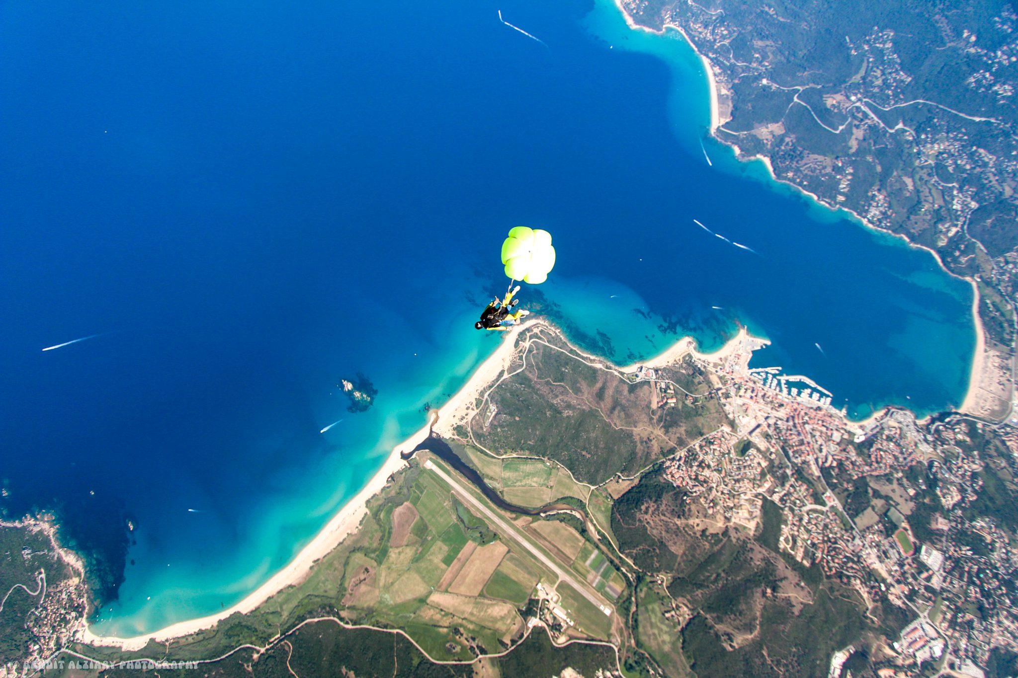 Ecole parachutisme Propriano. Golfe du Valinco